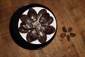 Madeleines au chocolat et à la noix de kola