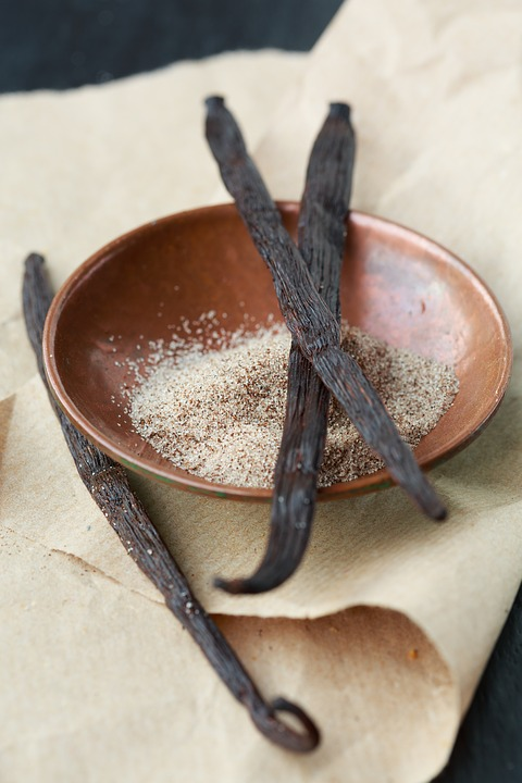 Vanille en gousses ou en poudre - achat, utilisation, bienfaits - épices du monde