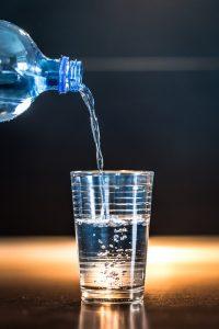 eau - remèdes naturels lendemain de fêtes gueule de bois - épices du monde