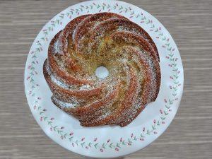 Bundt cake à la cannelle et aux pommes caramélisées