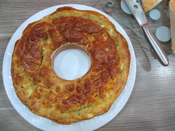 Cake au chaource et aux graines de pavot - recettes - Epices du monde